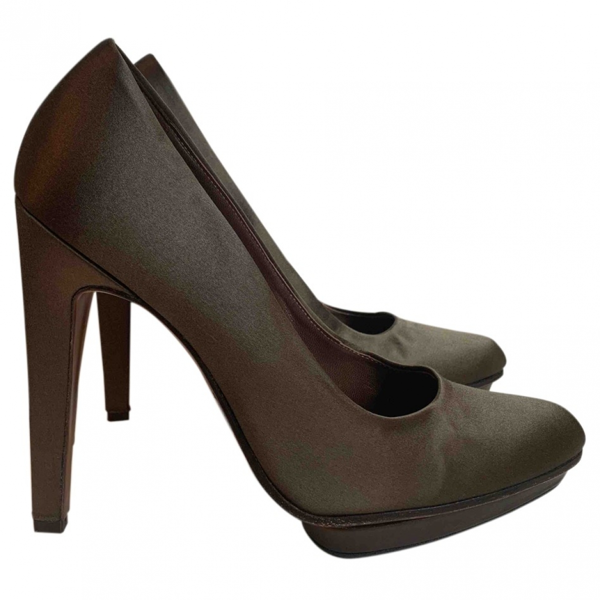 Marni \N Pumps in  Khaki Leinen