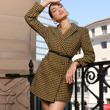Tweed Blazer Kleid mit zweireihigen Knopfen und Hahnentritt Muster ohne Guertel