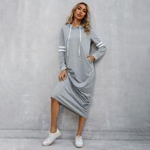 Vestido sudadera con capucha de lado de rayas en contraste