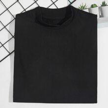 Einfarbiges T-Shirt mit Stehkragen