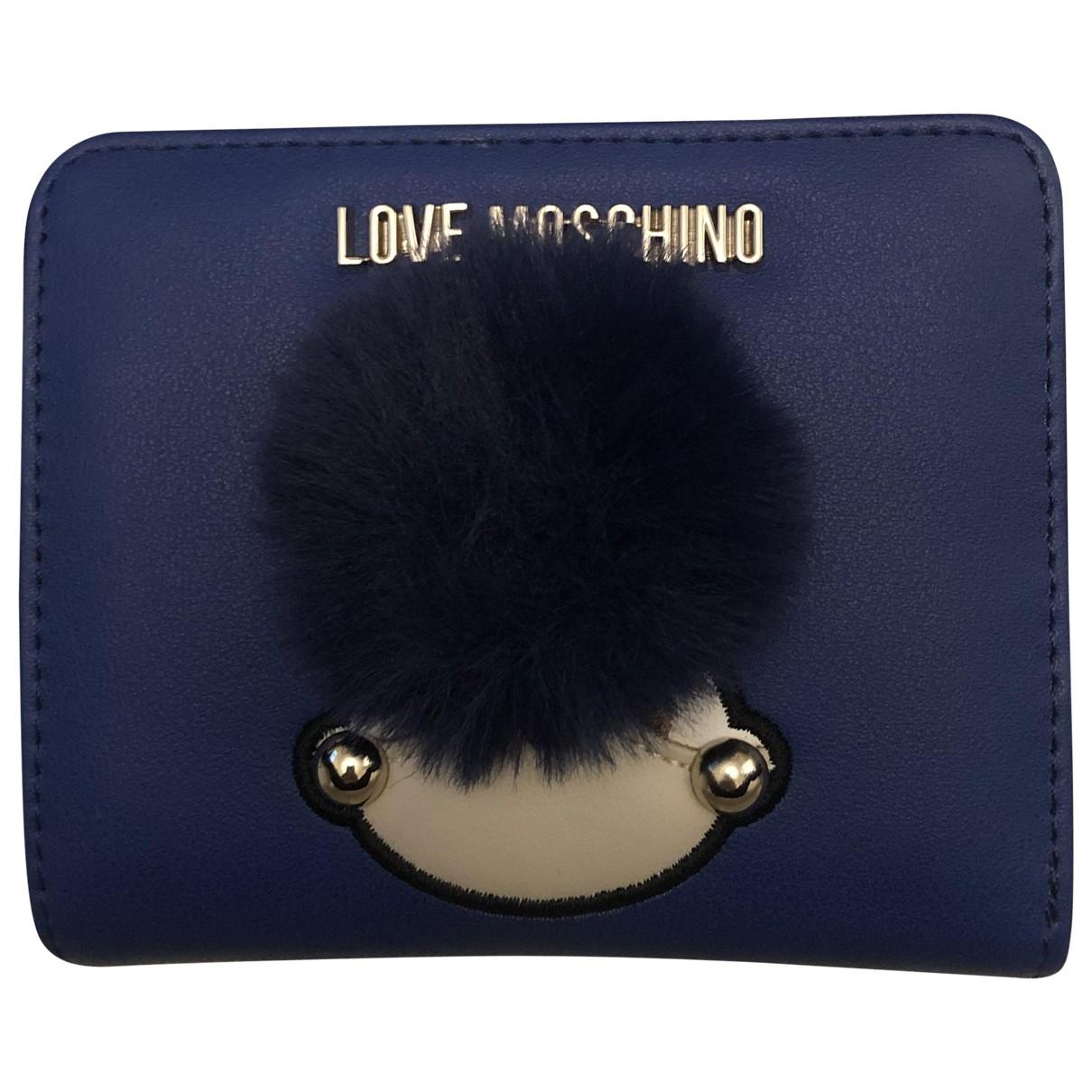 Moschino Love \N Portemonnaie in  Blau Leder