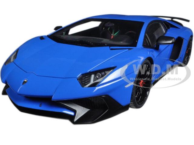 Lamborghini Aventador LP750-4 SV Blue Le Mans/ Blue 1/18 Model Car by Autoart
