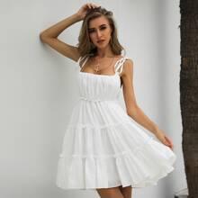 Cami Kleid mit Knoten Traeger und Falten