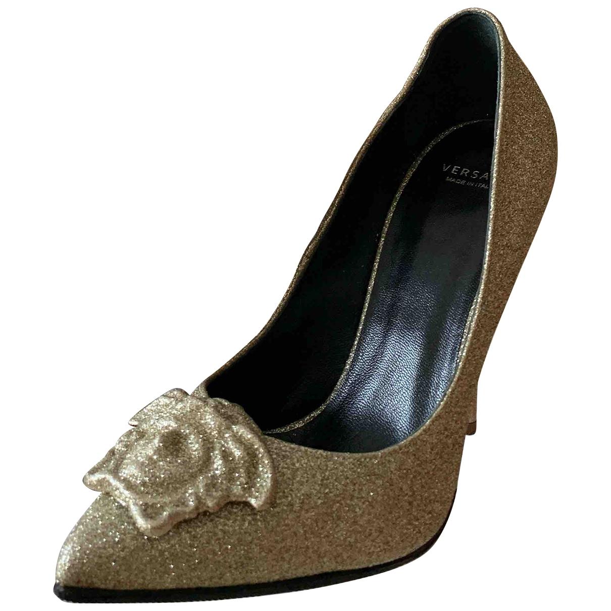 Versace - Escarpins   pour femme en a paillettes - dore