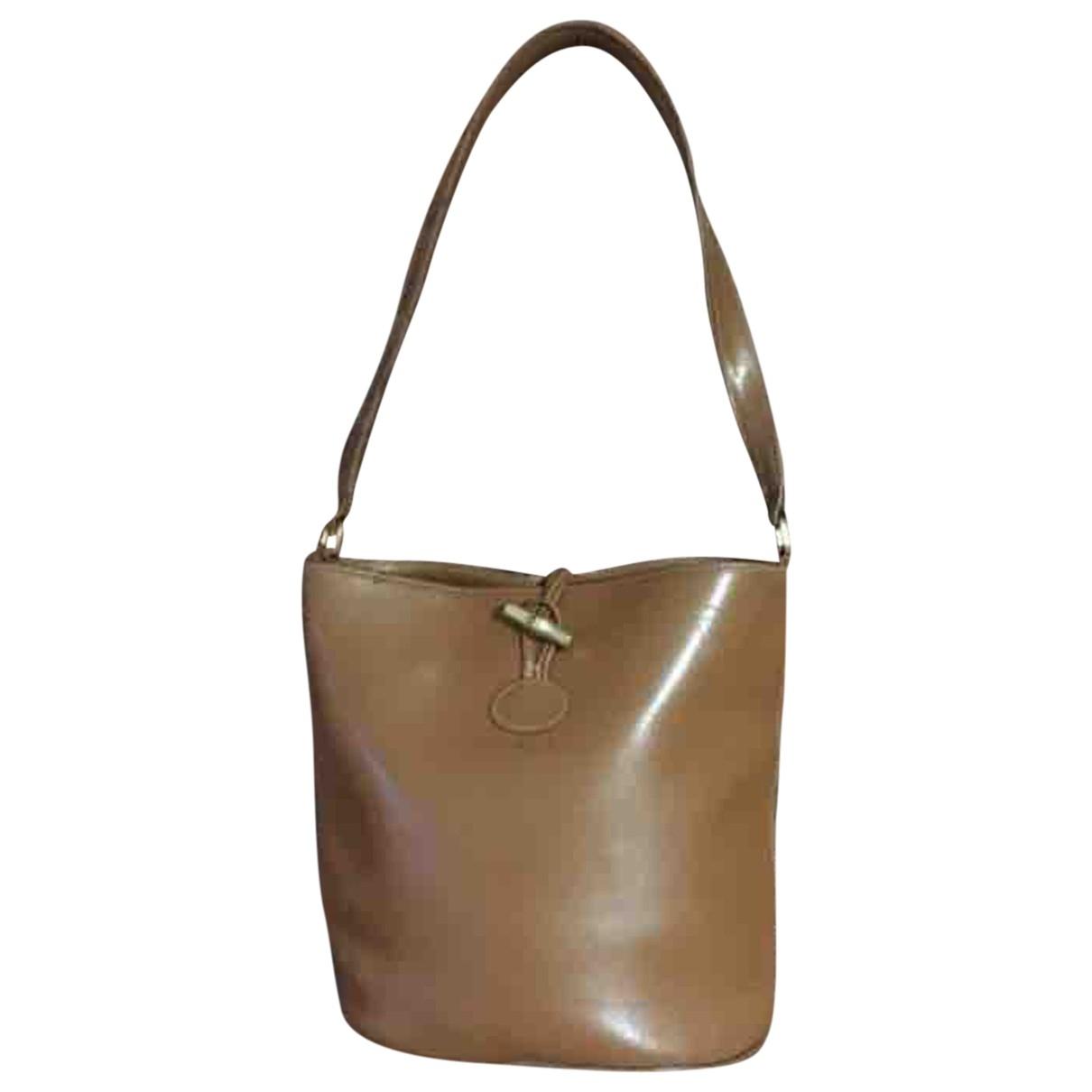 Longchamp \N Camel Leather handbag for Women \N