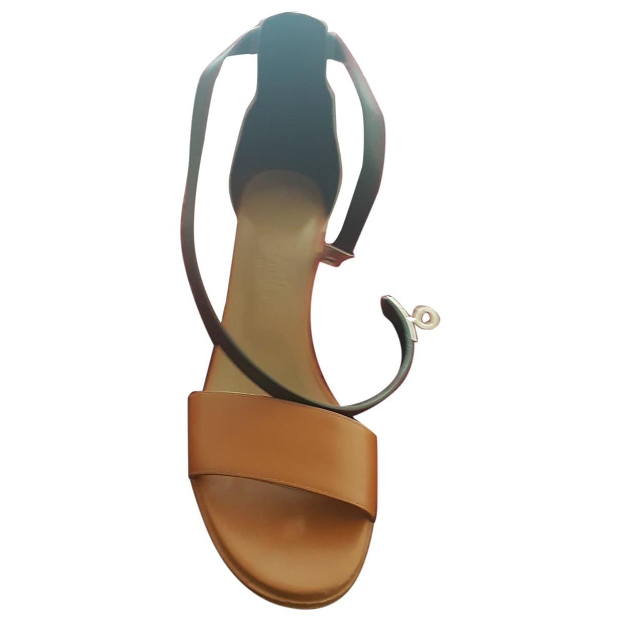 Hermès \N Camel Leather Sandals for Women 35 EU