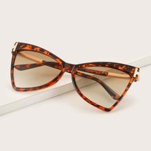 Gafas de sol con montura de leopardo
