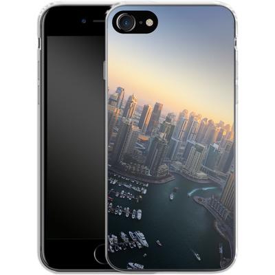 Apple iPhone 8 Silikon Handyhuelle - Dubai Skyline von Omid Scheybani