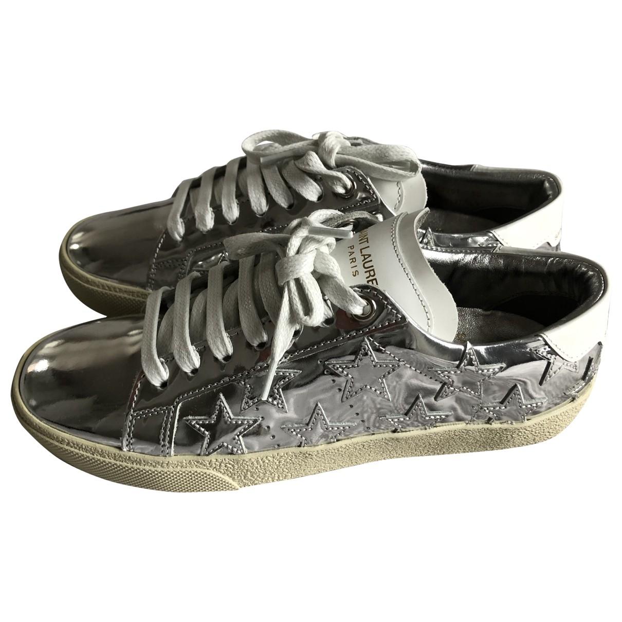 Saint Laurent Court Sneakers in  Silber Lackleder