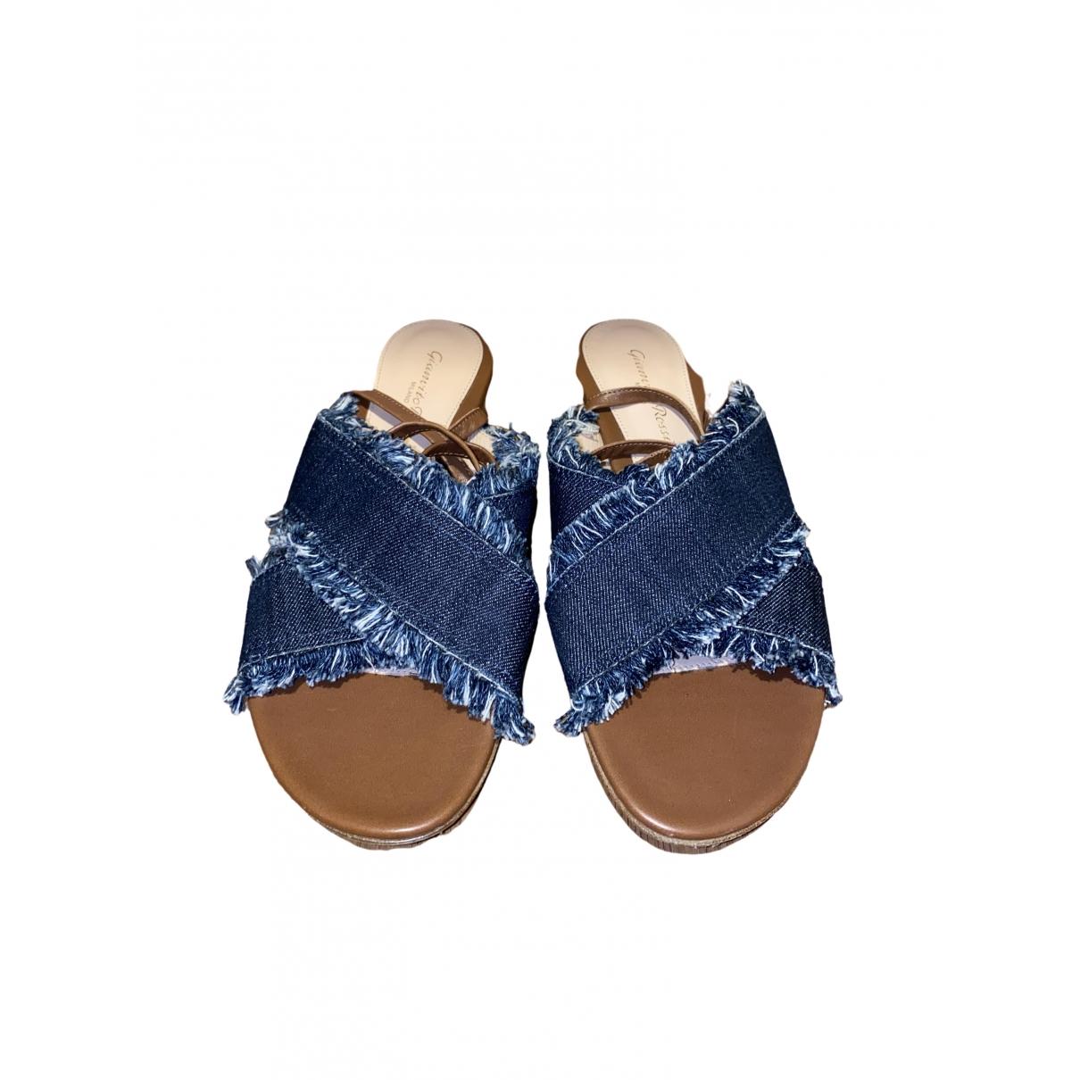 Gianvito Rossi - Sandales   pour femme en toile - bleu