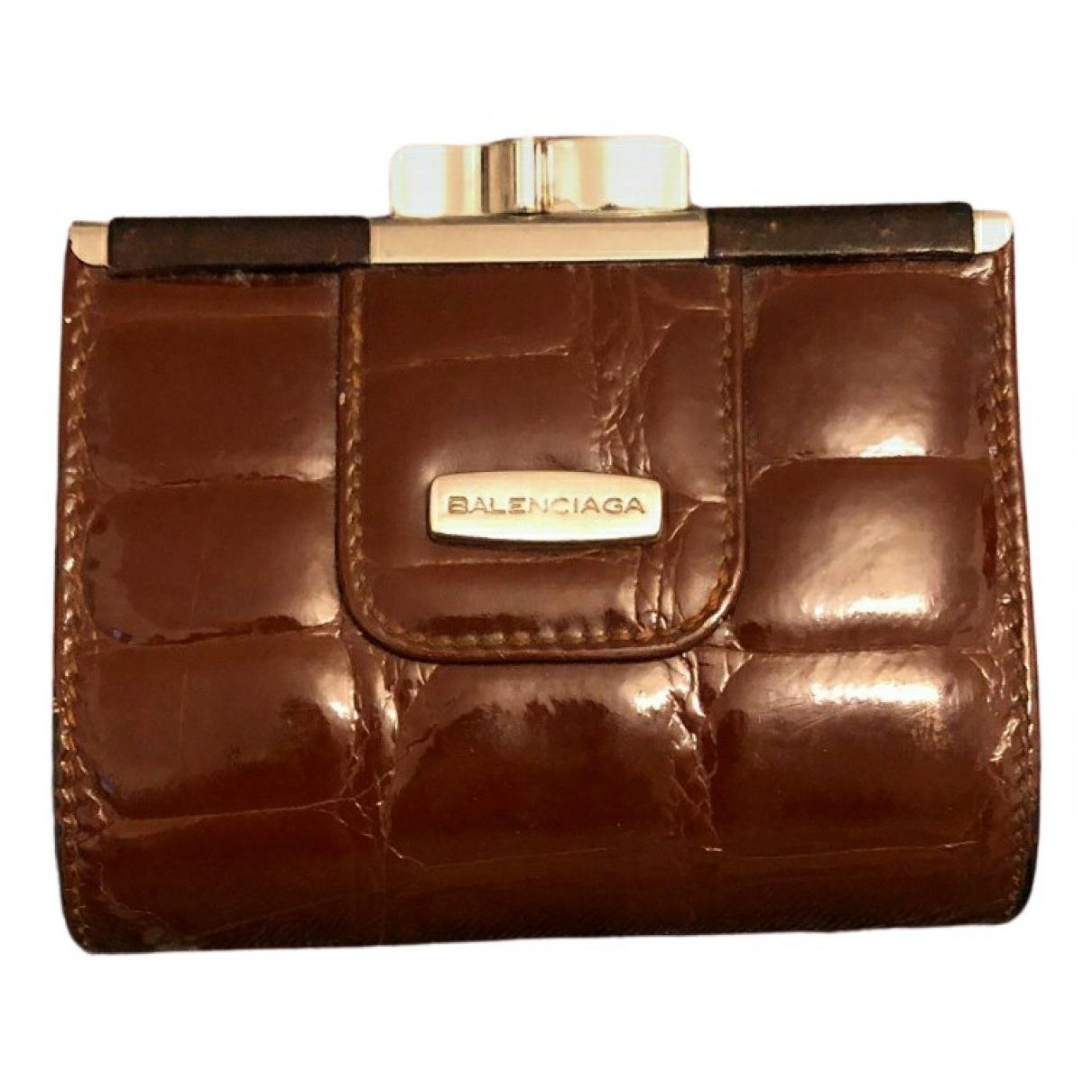 Balenciaga - Portefeuille   pour femme en cuir verni - marron