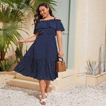Schulterfreies Kleid mit Punkten Muster und Falten