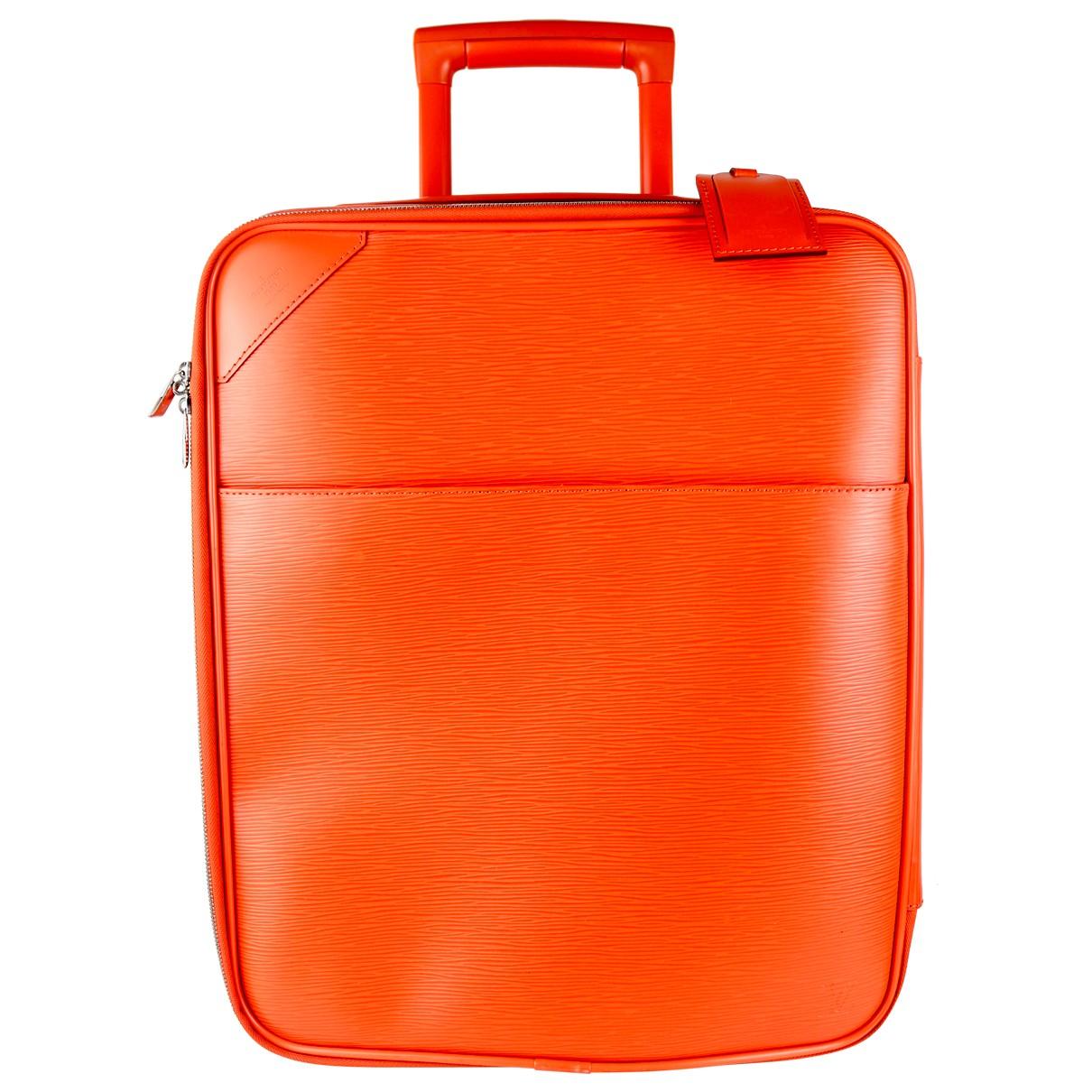 Louis Vuitton - Sac de voyage Pegase pour femme en cuir - orange
