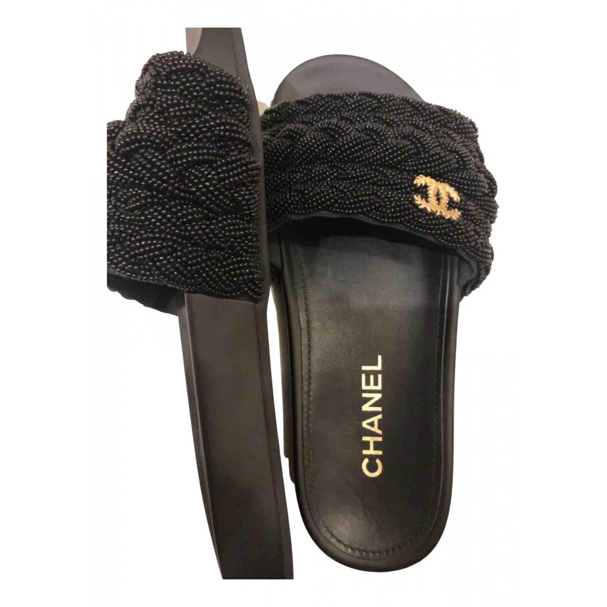 Zuecos Chanel