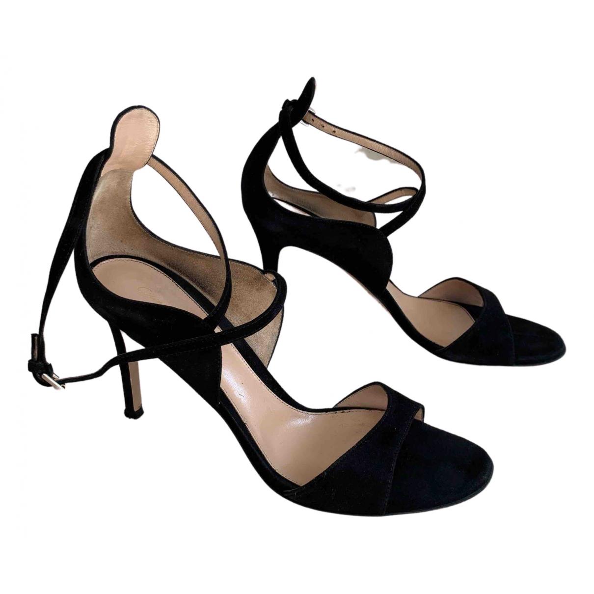 Gianvito Rossi \N Black Suede Sandals for Women 39 EU