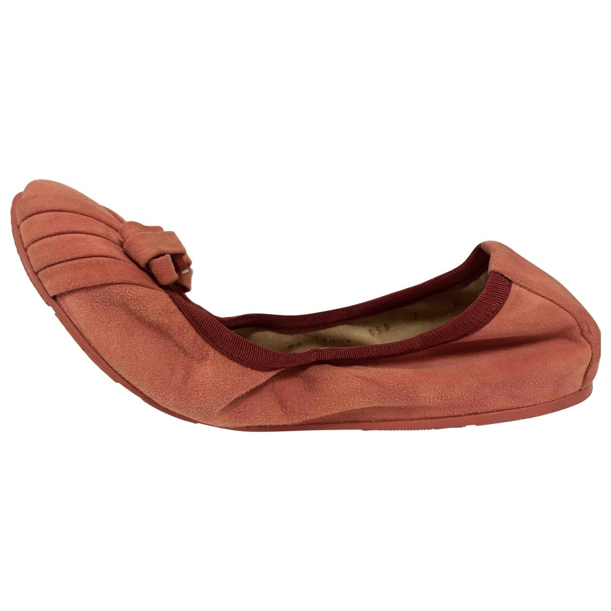 Salvatore Ferragamo \N Pink Suede Flats for Women 7 US