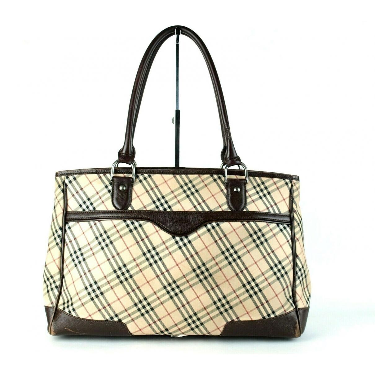 Burberry \N Handtasche in Leder