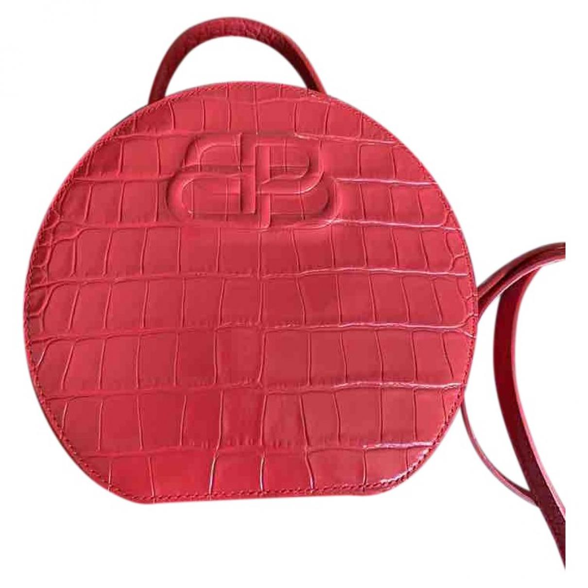 Balenciaga \N Handtasche in  Rot Leder