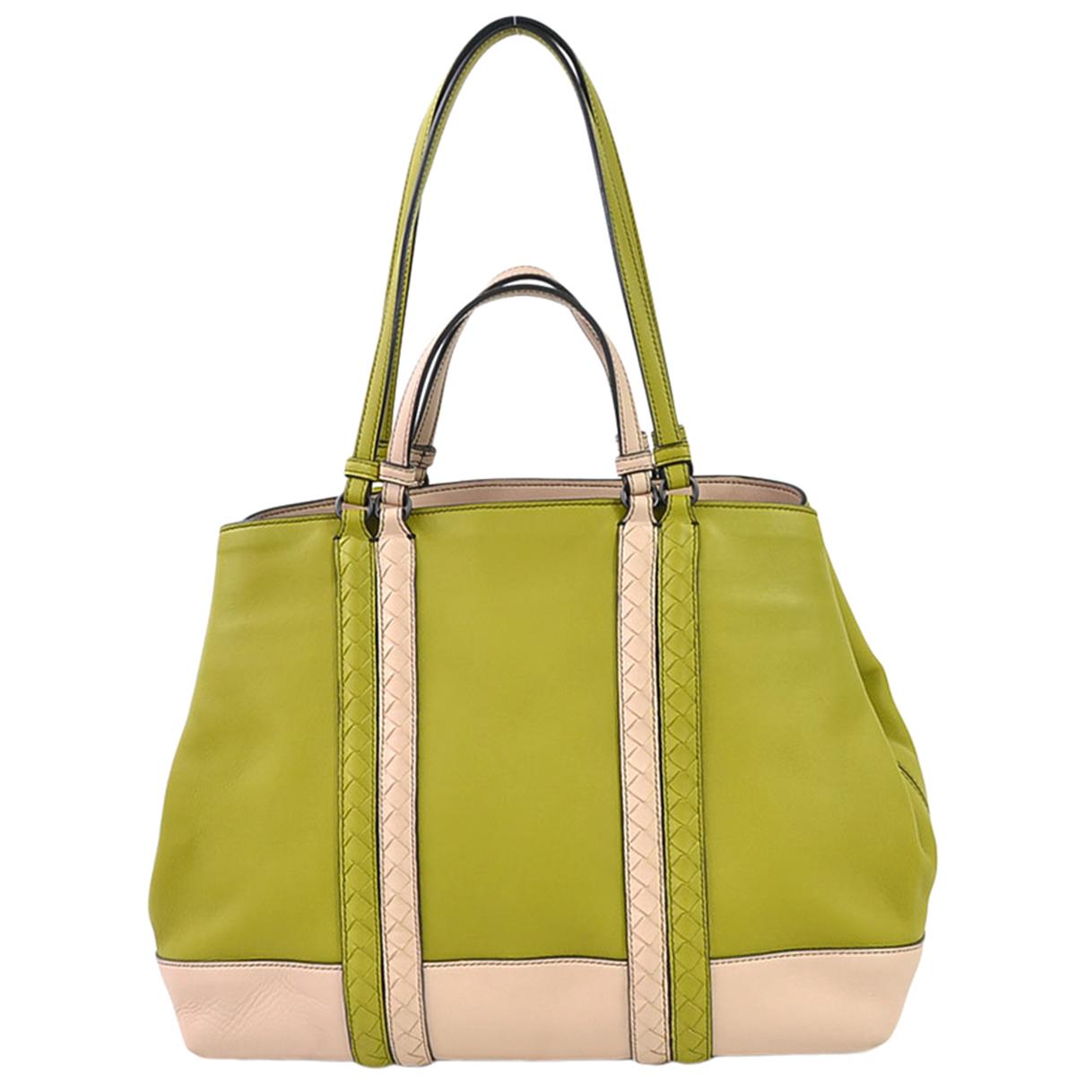 Bottega Veneta \N Green Leather handbag for Women \N