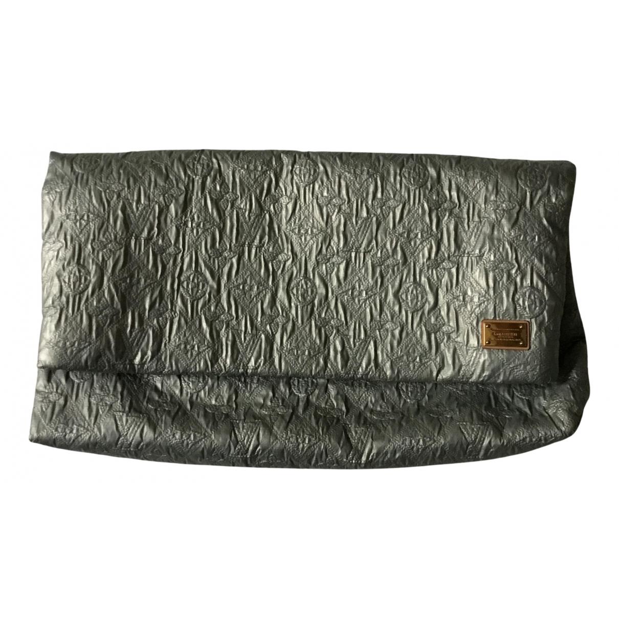 Louis Vuitton \N Handtasche in  Silber Leder