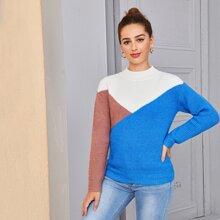 Pullover mit Stehkragen und Farbblock