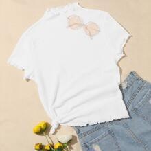 Texturiertes T-Shirt mit gekraeuseltem Saum