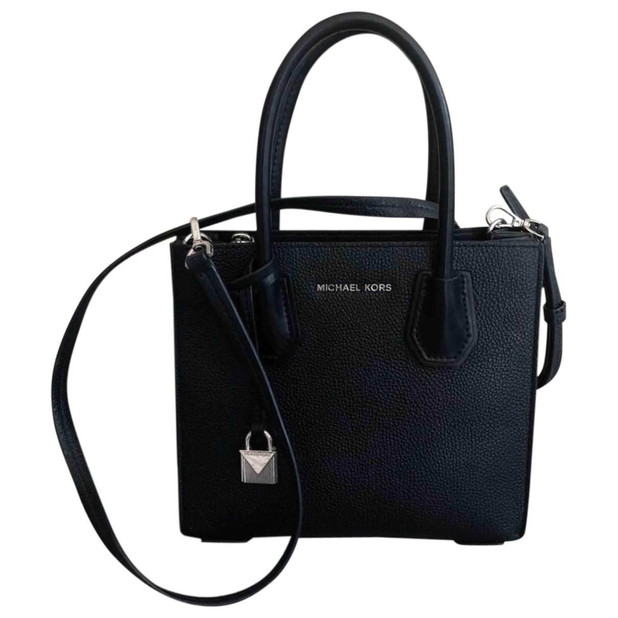 Michael Kors Adele Black Leather handbag for Women \N