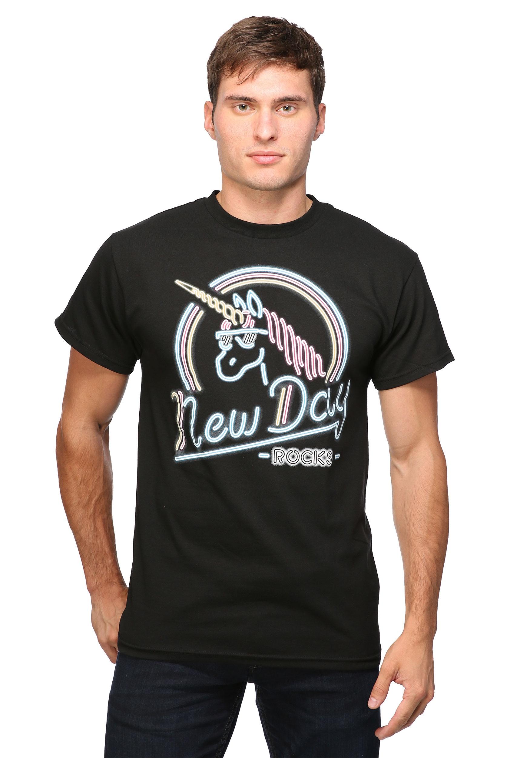 WWE New Day Rocks Men's T-Shirt