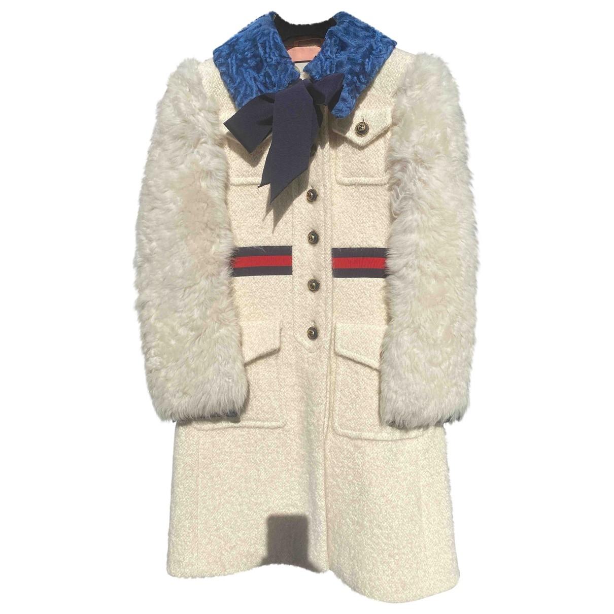 Gucci \N Beige Shearling coat for Women 40