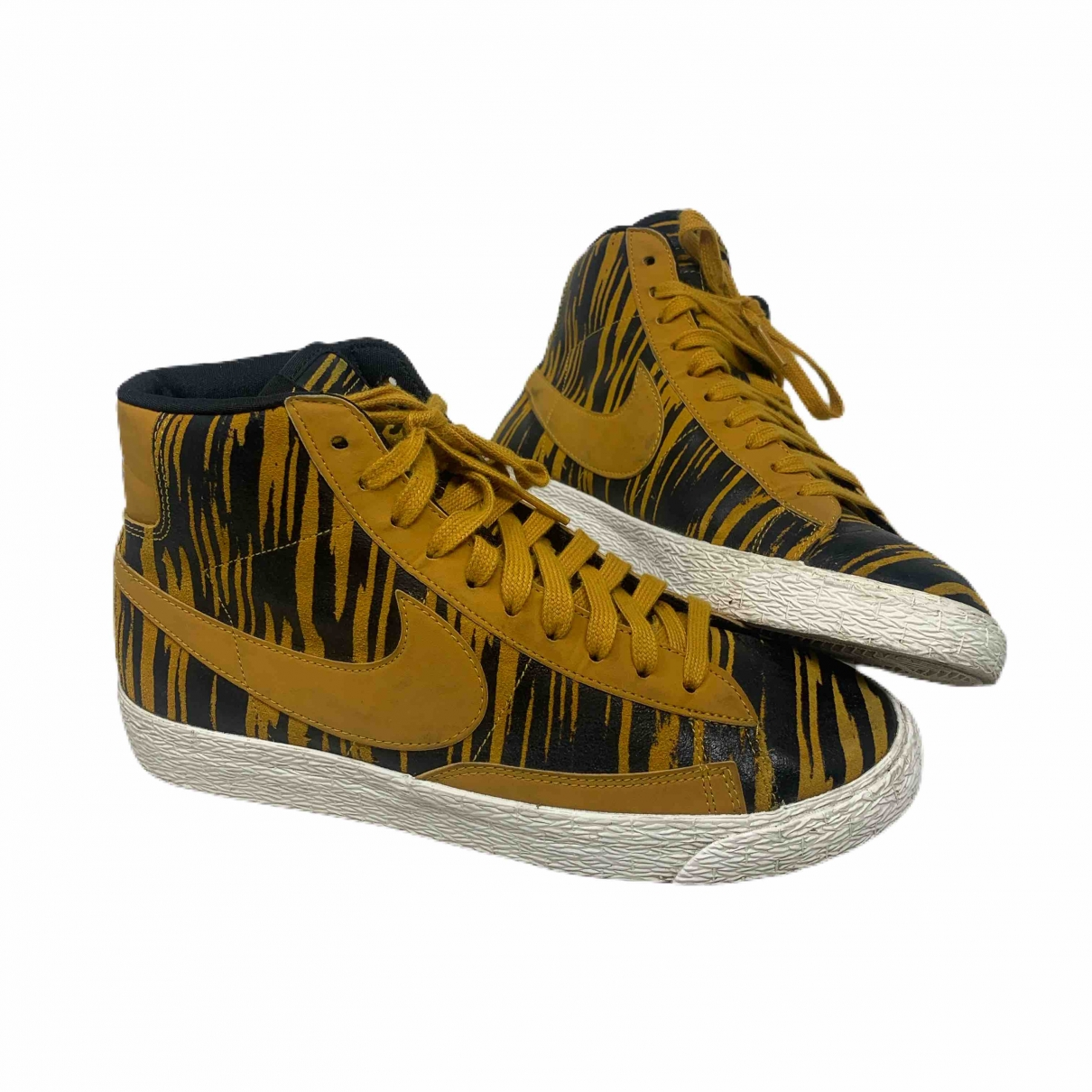 Nike Blazer Cloth Trainers for Women 38.5 EU