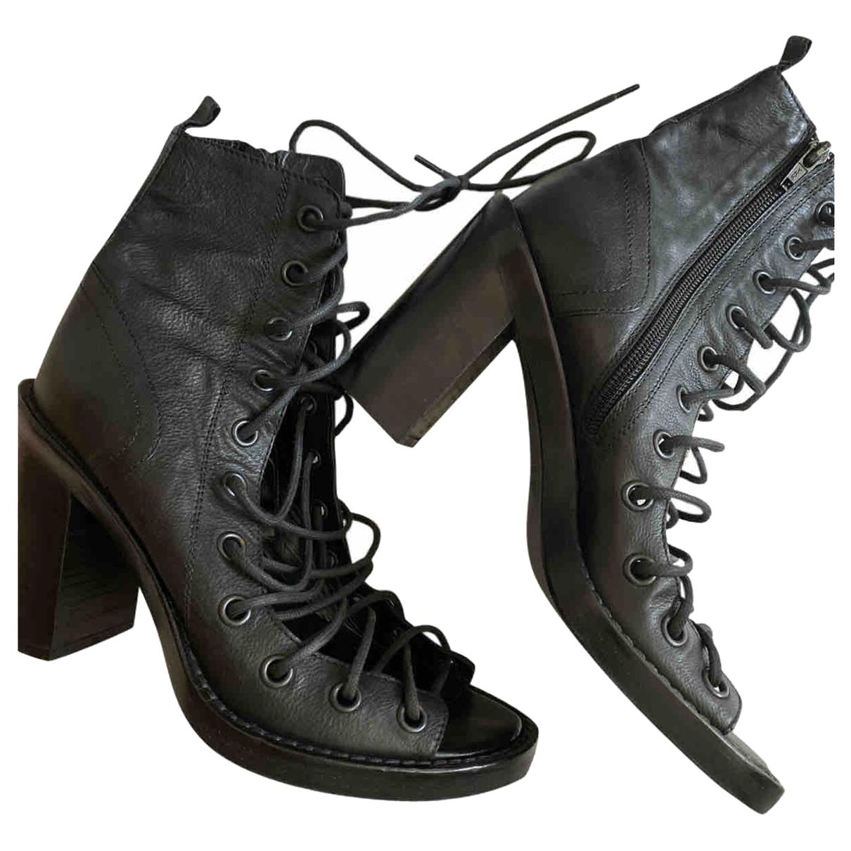 Ann Demeulemeester \N Black Leather Sandals for Women 38 EU