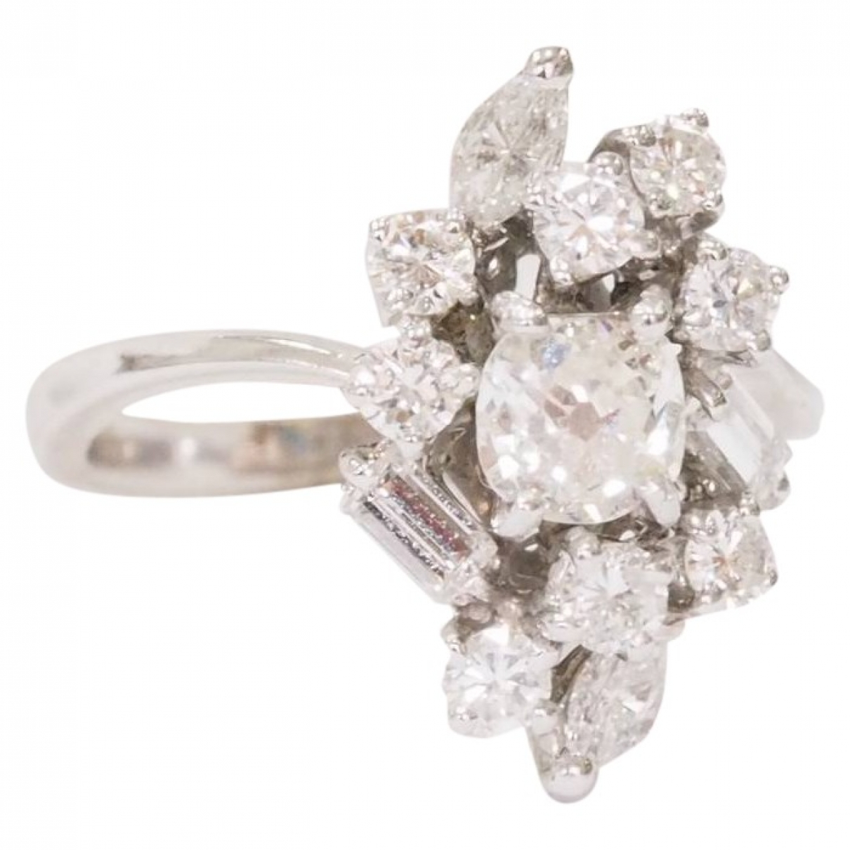 Non Signe / Unsigned \N Ring in  Weiss Weissgold