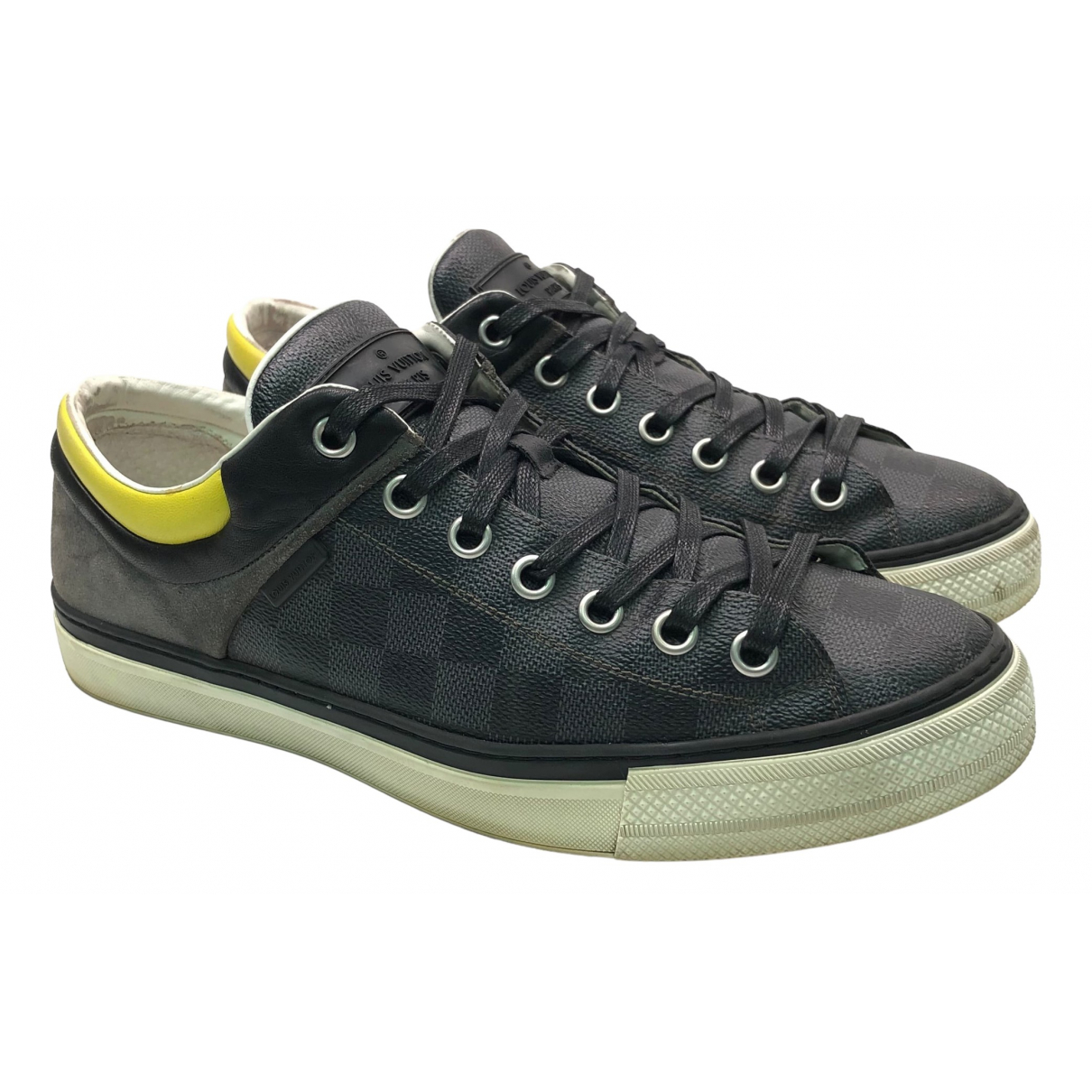 Louis Vuitton \N Sneakers in  Grau Leinen