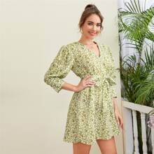 Ditsy Floral Puff Sleeve Self Tie A-line Dress