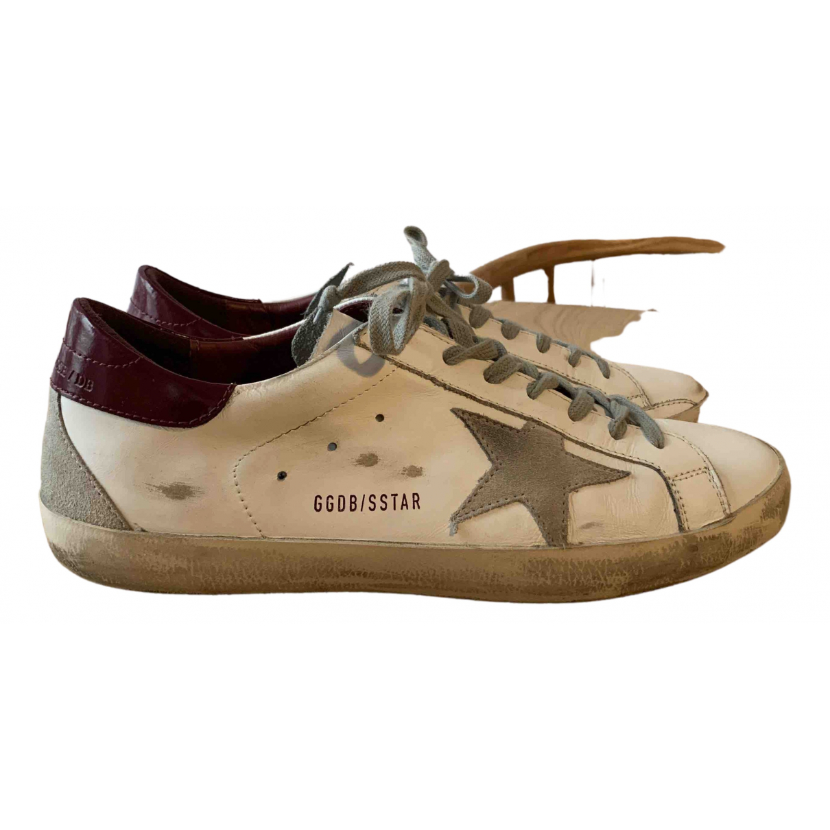 Golden Goose Superstar Sneakers in  Weiss Leder