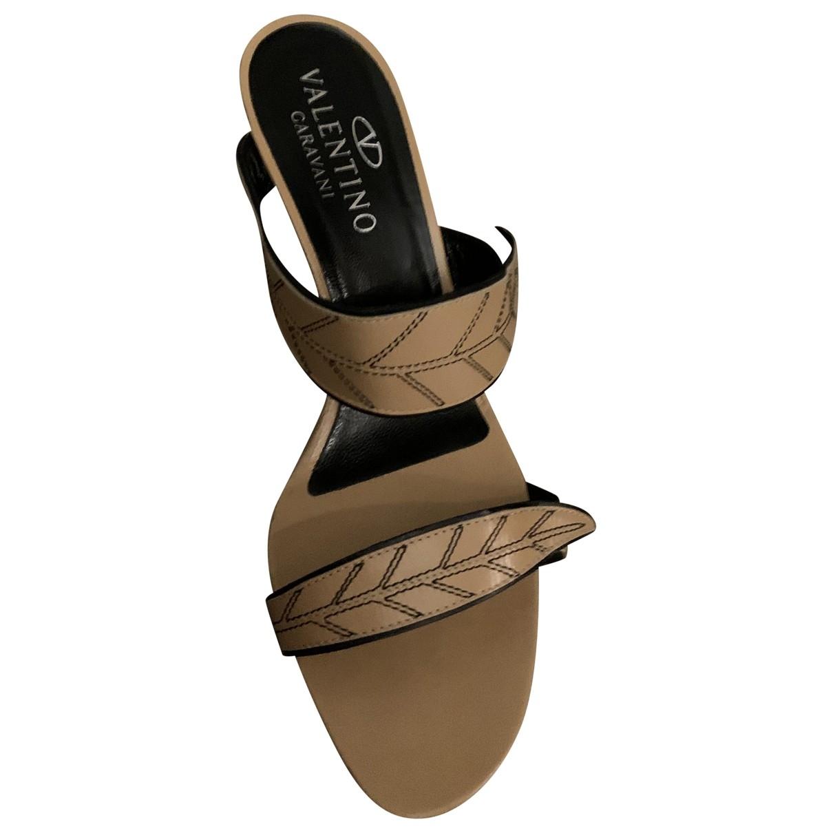Valentino Garavani - Sandales   pour femme en cuir - camel
