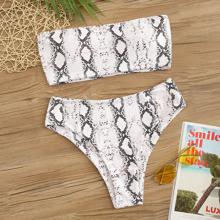 Set de bikini bandeau con estampado de piel de serpiente de cintura alta