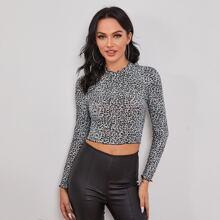 Crop T-Shirt mit gekraeuseltem Saum und Leopard Muster