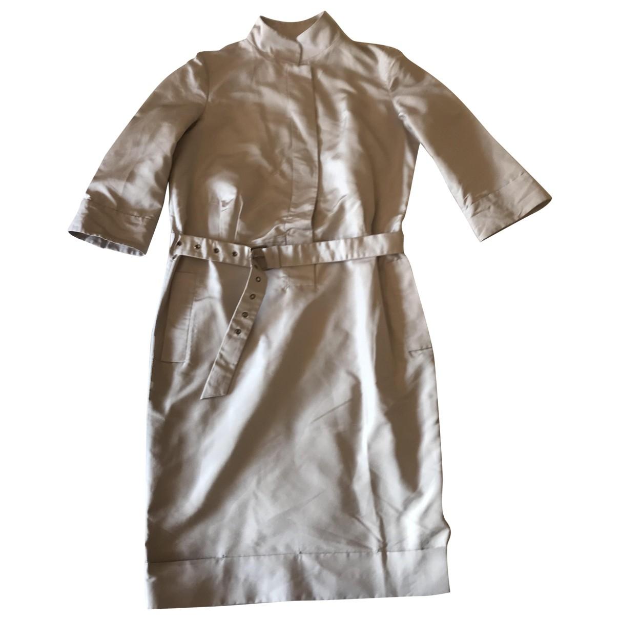 Salvatore Ferragamo \N Kleid in  Beige Seide