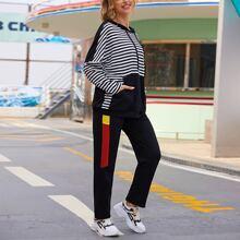 Conjunto capucha de rayas con cordon con joggers con costura lateral en contraste