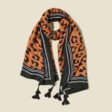 Schal mit Leopard Muster