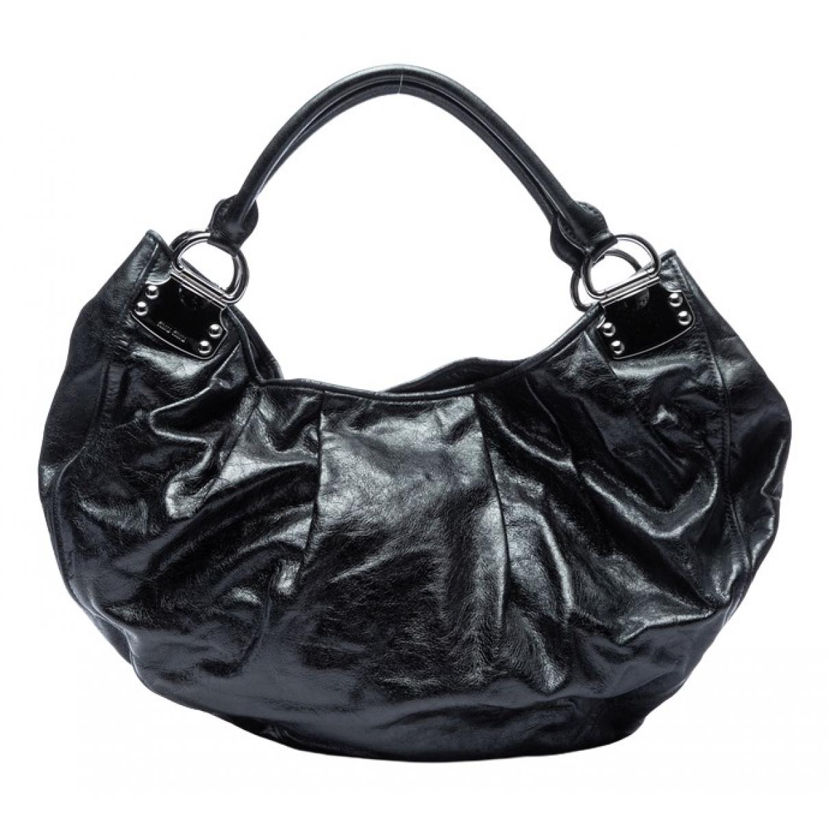 Miu Miu \N Handtasche in  Schwarz Lackleder