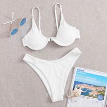 Gerippter Bikini Badeanzug mit Buegel und hohem Beinschnitt