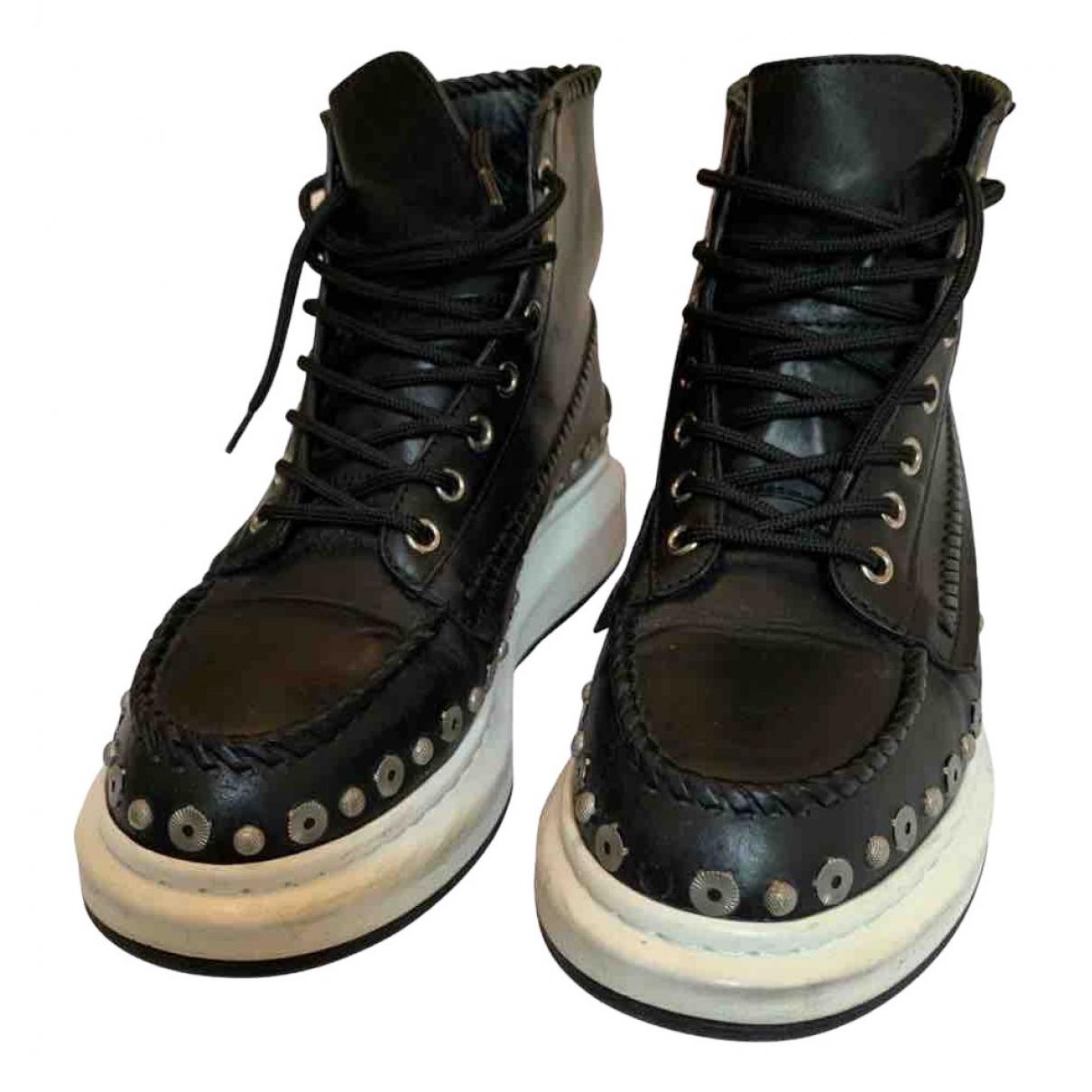 Alexander Mcqueen - Baskets   pour femme en cuir - noir