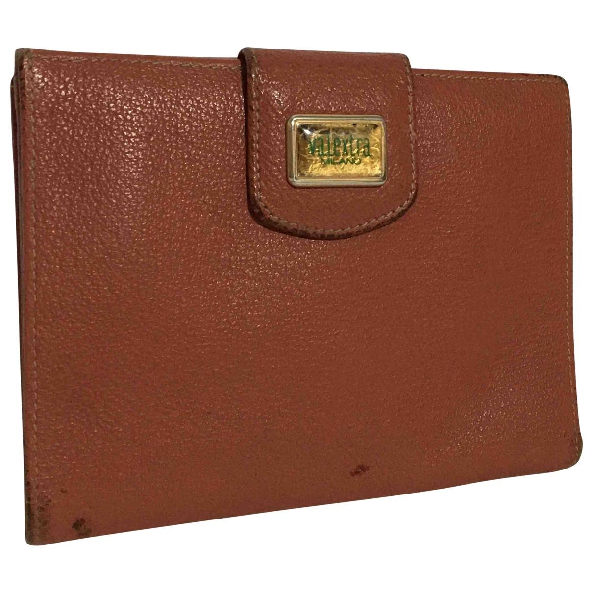 Valextra \N Portemonnaie in  Braun Leder