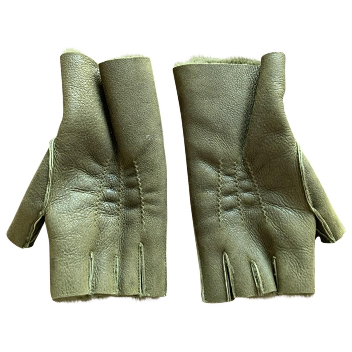 Balmain \N Khaki Shearling Gloves for Men M International