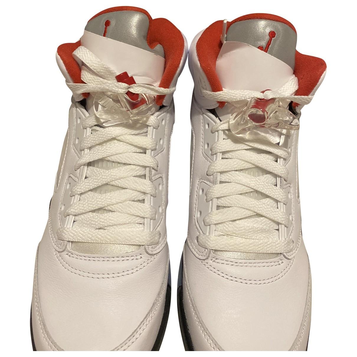 Jordan Air Jordan 5 Sneakers in  Weiss Leder