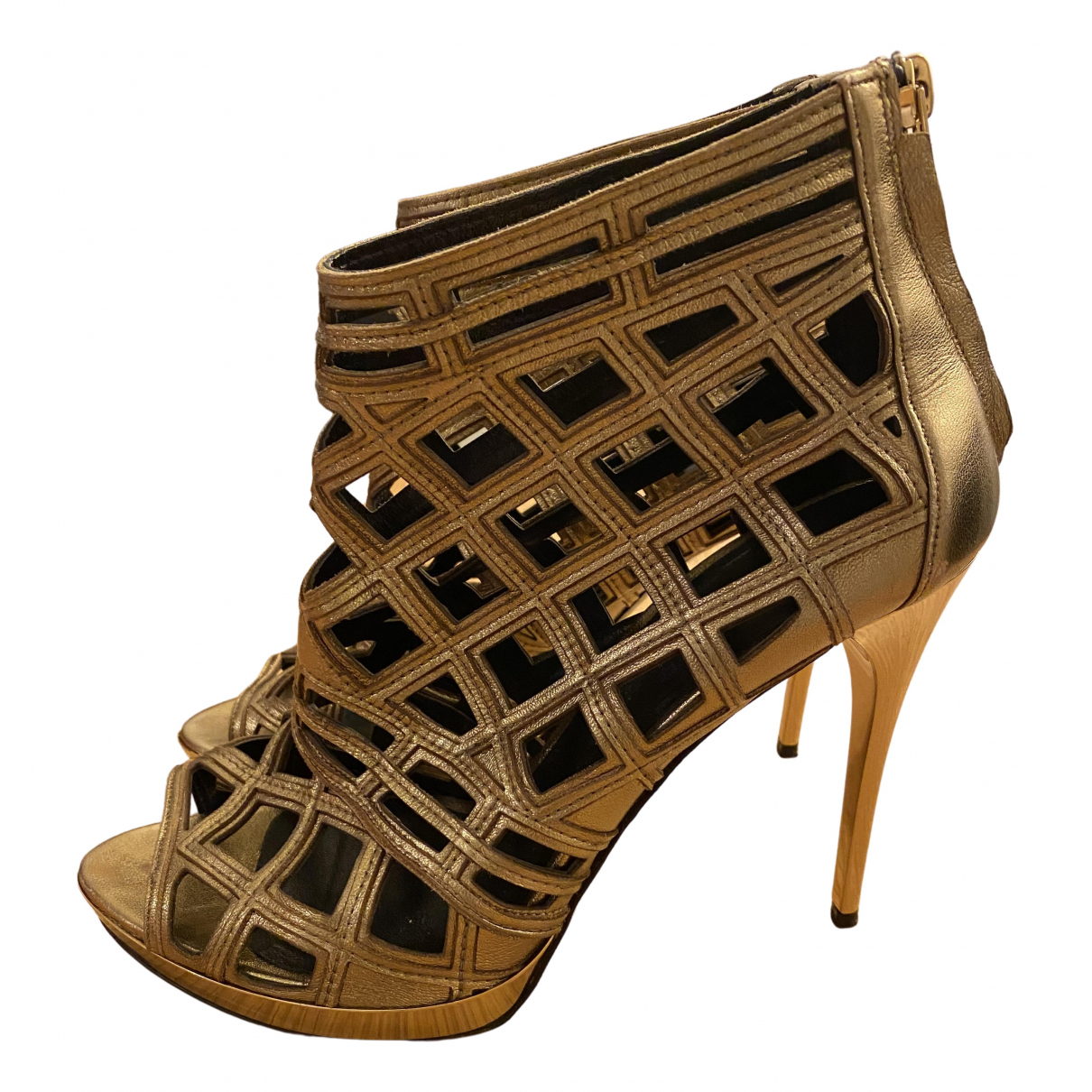 Burberry N Gold Leather Sandals for Women 40 EU