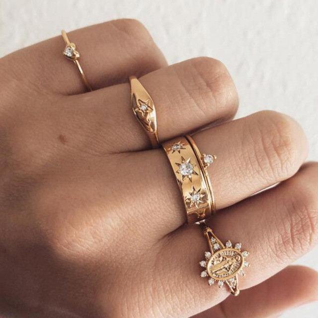 Vintage Geometric Peach Heart Rings Rhinestone Totem Pendant Ring Set Trendy Jewelry