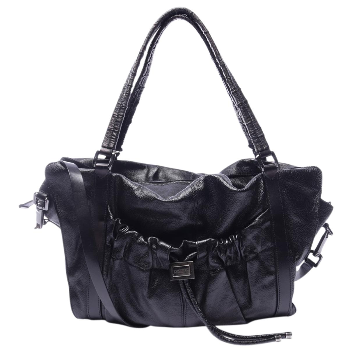 Burberry \N Handtasche in  Schwarz Leder